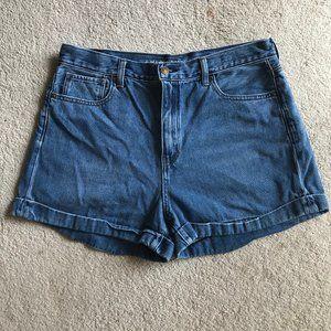 American Eagle Mom Shorts 14